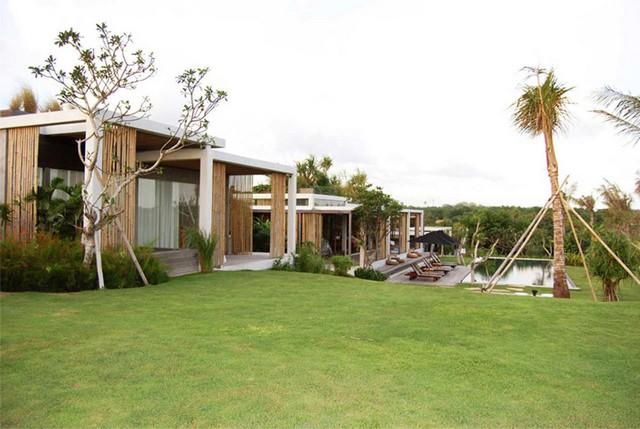 Tantangan-Villa-Bali-Garden-1 - Bali By Design: 25 Contemporary Houses bali by design Bali By Design: 25 Contemporary Houses Tantangan Villa Bali Garden 1