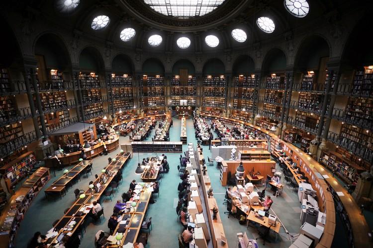 NATIONAL-LIBRARY-SITE-RICHELIEU-PARIS-FRANCE best libraries around the world BEST LIBRARIES AROUND THE WORLD (CONT) NATIONAL LIBRARY SITE RICHELIEU PARIS FRANCE