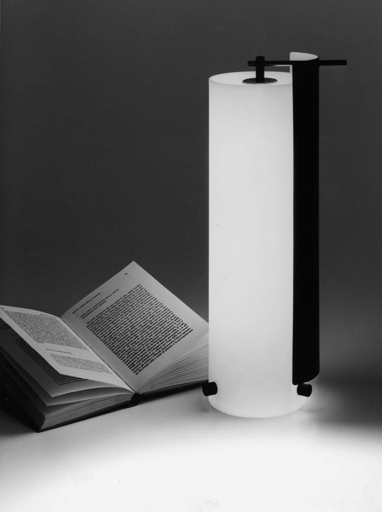 Gino Sarfatti 1938-1973 - 2012 gino sarfatti complete works Gino Sarfatti Complete Works 1938-1973 Archivio Storico FLOS sarfatti reading lamp