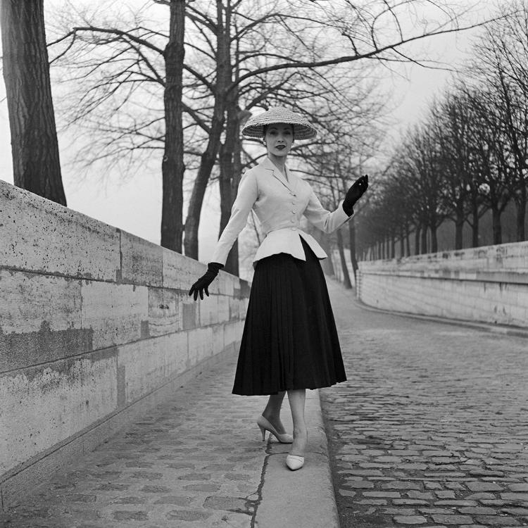 The-incredible-Dior-Photography-Book6