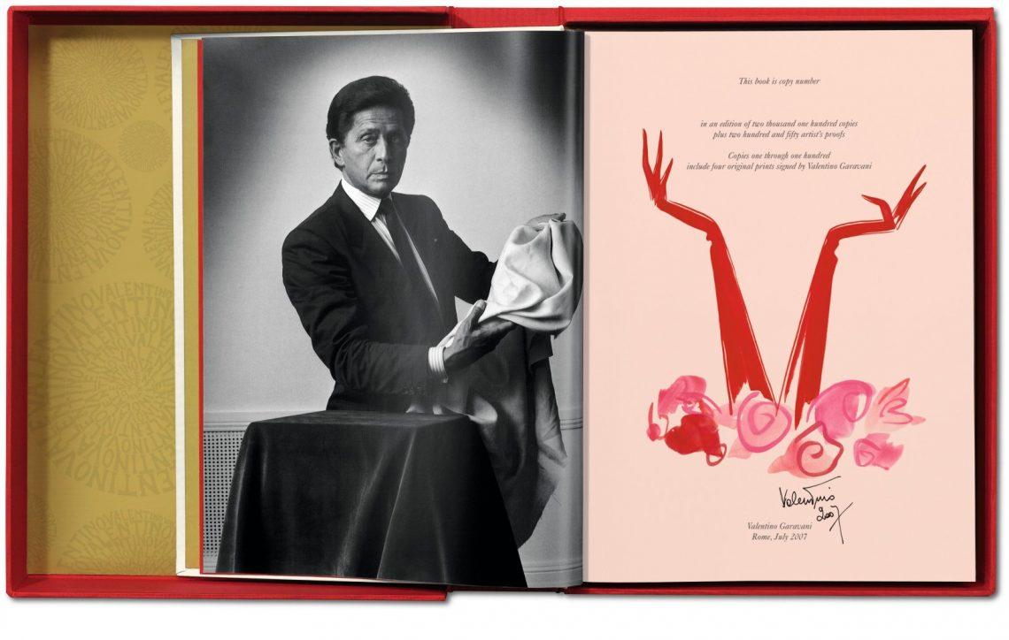 Best Design Books Valentino Garavani - Una grande storia italiana  Best Design Books: Valentino Garavani Best Design Books Valentino Garavani Una grande storia italiana 1