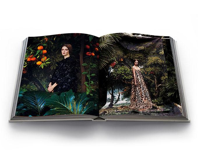 Book review New Valentino, Mirabilia Romae
