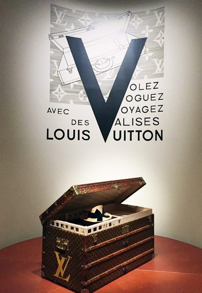 Volez Voguez Voyagez (2) Book Review Book Review: Volez Voguez Voyagez Book Review Volez Voguez Voyagez 2