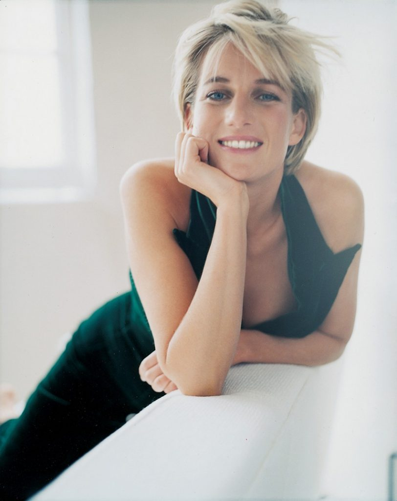 princess diana's life in pictures Photography Book: Princess Diana's Life in Pictures Photography Book Princess Dianas Life in Pictures 2 1