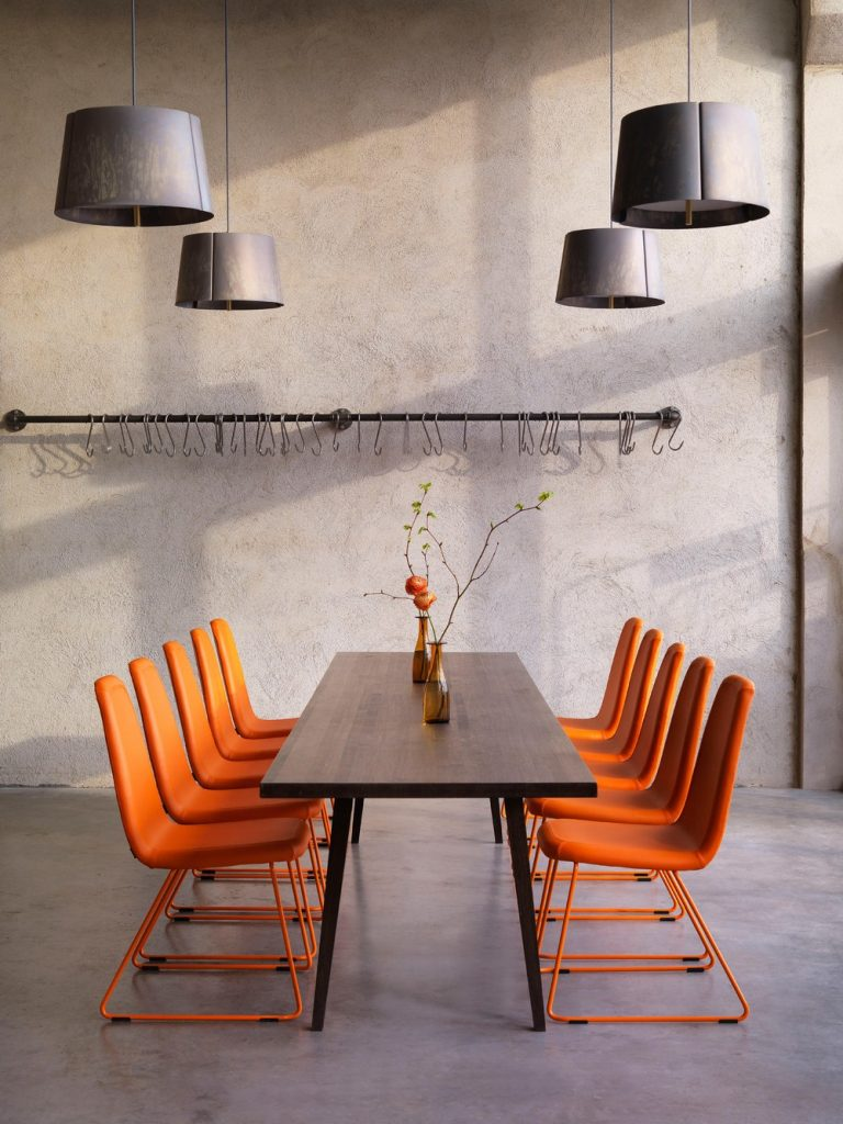 Know How the Orange Color Will Make a Bold Statement in 2019 1 color trends Color Trends 2019: Orange Will Make a Bold Statement in the Industry Know How the Orange Color Will Make a Bold Statement in 2019 1