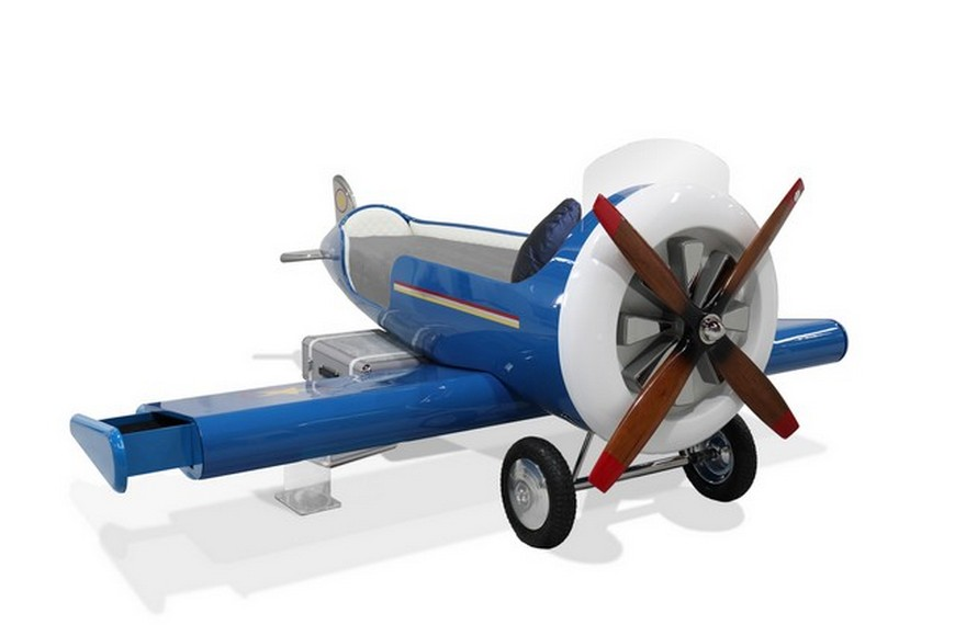 How To Bring The Aviation Theme Into Your Kid's Bedroom Design aviation theme How To Bring The Aviation Theme Into Your Kids' Bedroom Design bring aviation theme kids bedroom design 2