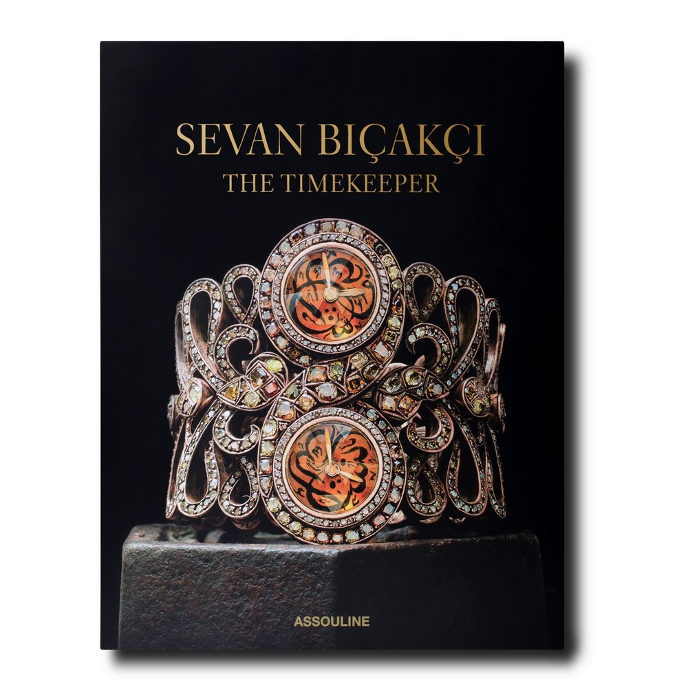 Collecting and Decorating with Hunt Slonem Sevan Bi  ak  i The Timekeeper and Visionary Jeweler 3