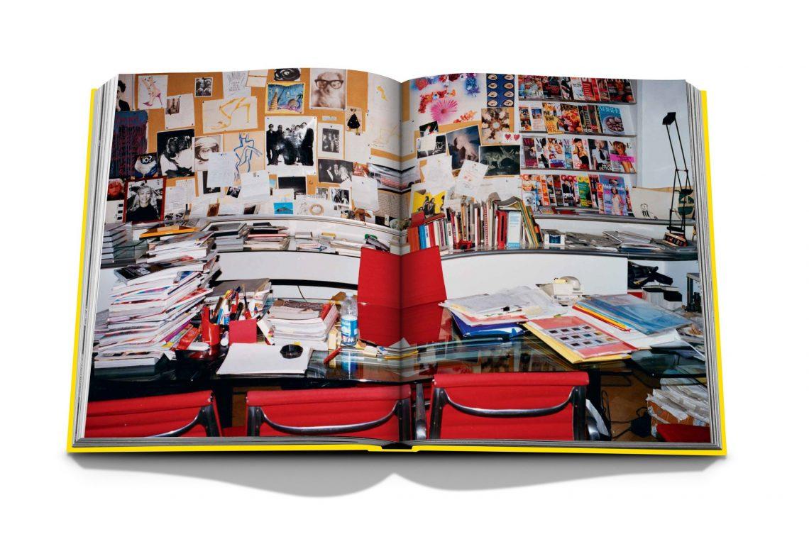 Vogue Italia by Franca Sozzani: Chaos and Creation Spread 1 1be99c70 5391 42c8 b581 0fb1ac7bdf1d 2048x
