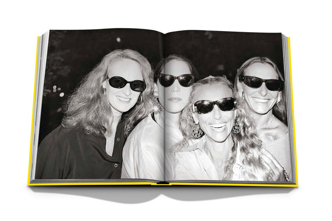 Vogue Italia by Franca Sozzani: Chaos and Creation Spread 5 999a7062 c086 4f4e bbbc 2716af320099 2048x